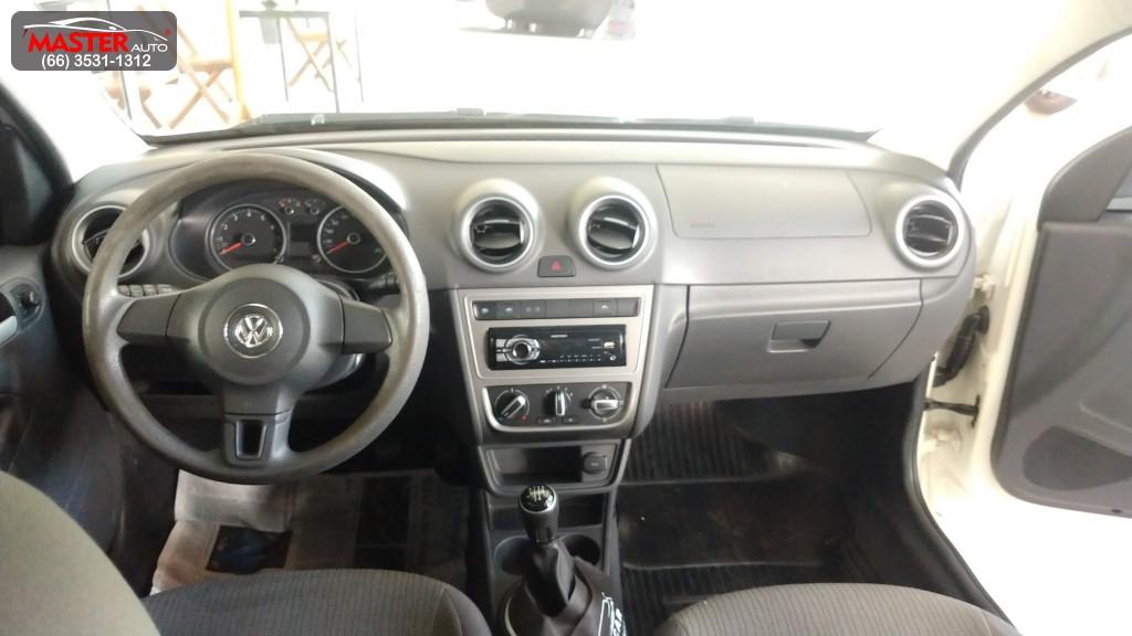 VW - VolksWagen VOYAGE  Trendline 1.0 T.Flex 8V 4p 2014